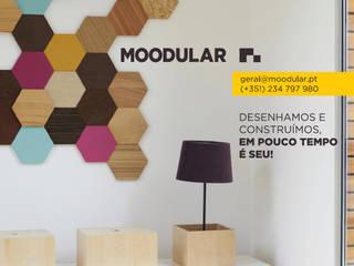 Spazi commerciali moderni di MOODULAR Moderno
