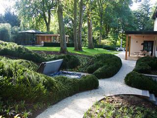 สวน โดย Designa Interieur & Architectuur BNA, โมเดิร์น