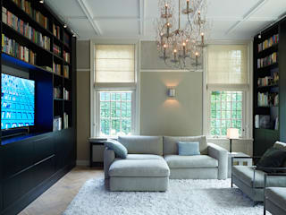 Media room by Designa Interieur & Architectuur BNA, Classic