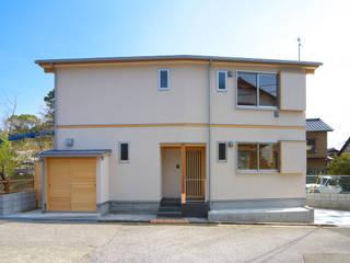 小さくも、広々暮らす家: エニシ建築設計事務所が手掛けたです。