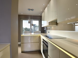 Hoolickin project:  Kitchen by Diane Berry Kitchens