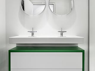 Bathroom by decodheure , Modern