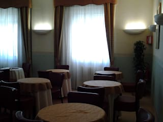Relooking hotel 3 stelle Hotel in stile classico di WE MAISON Classico