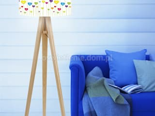 Lampa podłogowa Trójnóg Łąka Serc: styl , w kategorii Pokój dziecięcy zaprojektowany przez imoLight