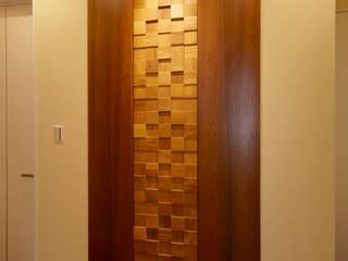 チークの家 デザイン建具・家具 モダンスタイルの 玄関&廊下&階段 の 大谷建具技巧 モダン