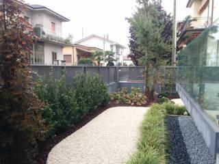 Lugo - Architettura del Paesaggio e Progettazione Giardini モダンな庭