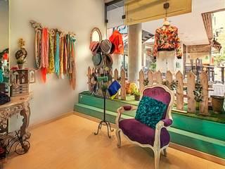 Espaces commerciaux modernes par Cristina Cortés Diseño y Decoración Moderne