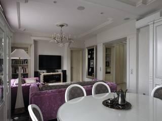 """Квартира в стиле """"Классика"""": Гостиная в . Автор – Архитектурная студия Ollandstudio"""