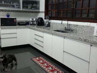 Cozinha - Eliana Rubio: Cozinhas  por Bruna Costa - Design de Interiores