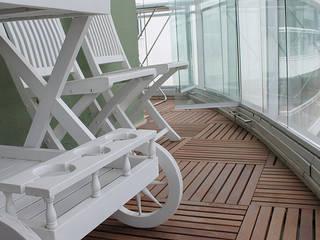 Apartamento Botafogo Varandas, alpendres e terraços modernos por Julia Queima Arquitetura Moderno