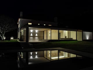 Casa Azevedo Coutinho : Casas  por Diana Vieira da Silva Arquitectura e Design