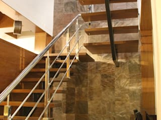 Rustic style corridor, hallway & stairs by INCEPT DESIGN SERVICES Rustic