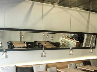 Bar & Klub Gaya Industrial Oleh Ag Wnuk Industrial