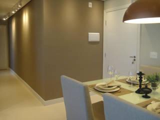 SALA DE ESTAR E COZINHA: Salas de jantar  por BEATRIZ DANELON | Arquitetura e Interiores,