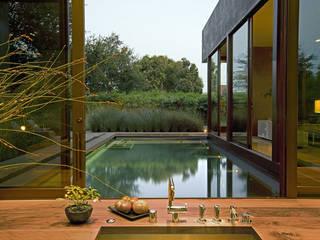 Albercas modernas de Paul Marie Creation Garden Design & Swimmingpools Moderno