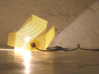 2Monos BedroomLighting Besi/Baja Yellow