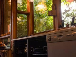 Cocinas rústicas de PhilippeGameArquitectos Rústico
