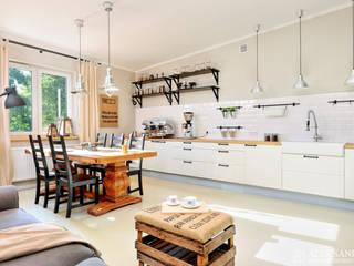 showroom: styl , w kategorii Gastronomia zaprojektowany przez ALEKSANDRA interior design studio