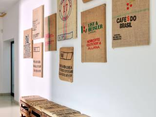 hol: styl , w kategorii Gastronomia zaprojektowany przez ALEKSANDRA interior design studio