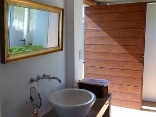 juan olea arquitecto Rustic style bathrooms
