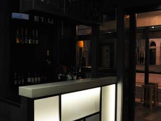 QB bar&more Cantina in stile industriale di Studio di architettura Alberto Antoni Industrial