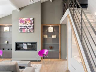 Réhabilitation intérieure et extérieure d'un appartement à Lyon réHome Salon moderne