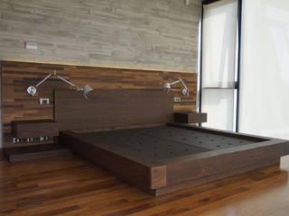 KRAUSE CHAVARRI SchlafzimmerBetten und Kopfteile Holznachbildung