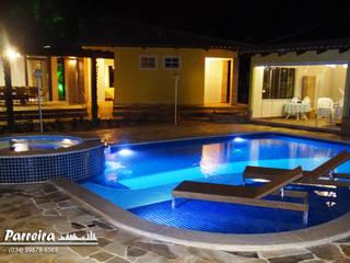 Reforma da piscina e área de lazer residencial por Fernando Parreira Arquitetura