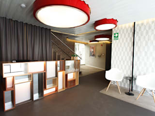 Offices & stores by Oneto/Sousa Arquitectura Interior, Modern