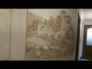 corridoio con boiserie in trompe l'oeil:  in stile  di cinzia perino art