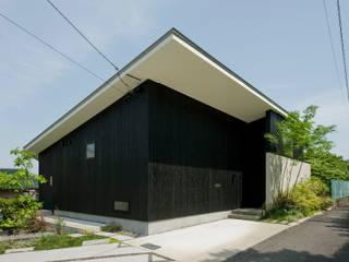 外観1: LIC・山本建築設計事務所が手掛けた家です。