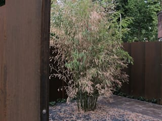 Jardines de estilo moderno de bv Mathieu Bruls architect Moderno