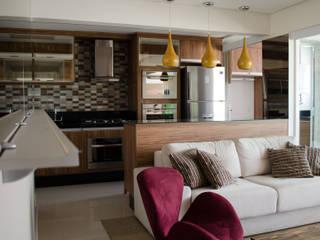Projeto Grand Terrace: Salas de estar  por MEM Arquitetura