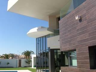 Casas ecléticas por FRAMASA- Dyov Studio 653773806 Eclético
