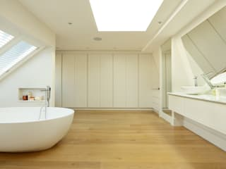 BATHROOMS: CONTEMPORARY BATHROOM 모던스타일 욕실 by Cue & Co of London 모던
