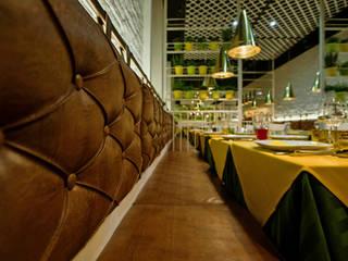 RIO SAMBA: Bar & Club in stile  di DLA design_lab