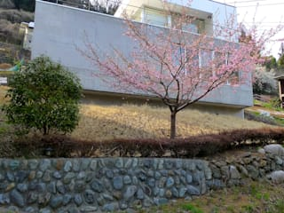 仲摩邦彦建築設計事務所 / Nakama Kunihiko Architects Будинки Бетон Білий