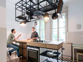 IFUB* Cocinas de estilo moderno