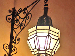 Farol colgante en hierro :  de estilo  de Decoración Andalusí Iluminación
