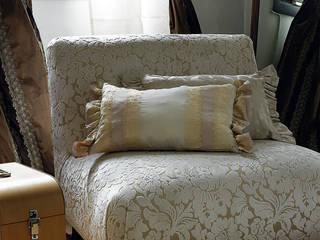 Tapicería artesanal:  de estilo  de Decoración Andalusí Textil & Tapicería