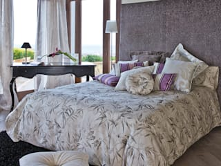 Ropa de cama hecha a mano:  de estilo  de Decoración Andalusí Textil & Tapicería