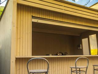 Un chiosco...di design! Bar & Club in stile industrial di La Pratolina Industrial