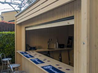 Un chiosco...di design! Bar & Club moderni di La Pratolina Moderno