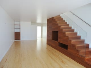 Corridor & hallway by GAAPE - ARQUITECTURA, PLANEAMENTO E ENGENHARIA, LDA, Eclectic Wood Wood effect