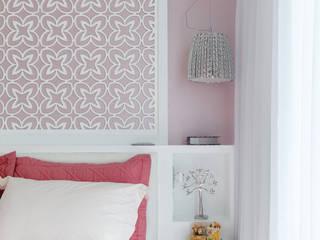 Modern Kid's Room by Queiti Magalhães Arquitetura e Decorações Modern