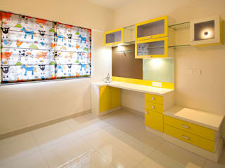 A residence for Mr.Nitin Warrier at Blue Ridge ,Hinjewadi ,Pune Navmiti Designs Nursery/kid's roomStorage