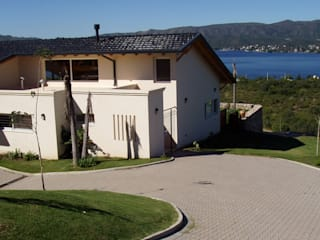 Casa Lago renziravelo Modern home