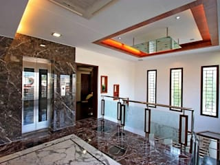 Common area:  Corridor & hallway by Ansari Architects