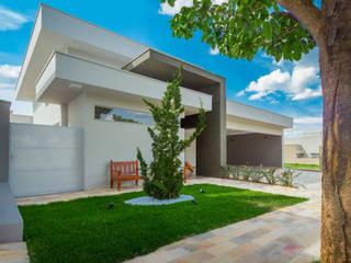 Integração Total ADRIANA MELLO ARQUITETURA Casas modernas