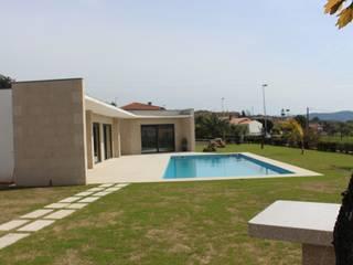 House for a special boy: Casas  por Sérgio Bouça ,Moderno